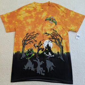Disney Parks Mickey Halloween 2019 Shirt sz Med